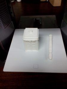 3D Printed TARDIS and Sonic Screwdriver